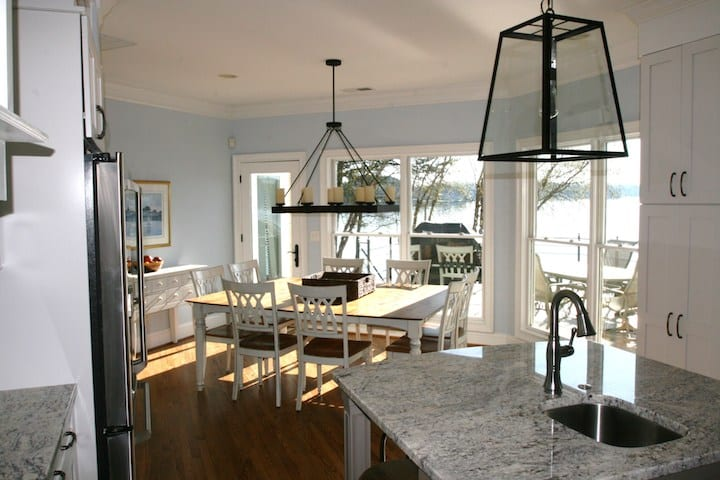 Spacious Kitchen Lake Norman Rental