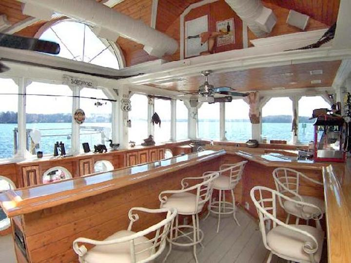 Private Boathouse Bar Lake Norman Rental